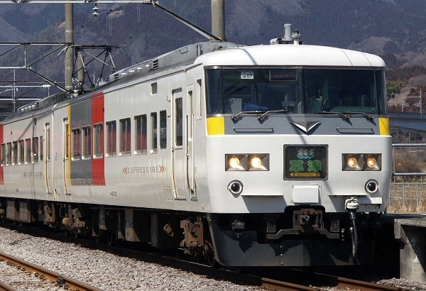 P3217677