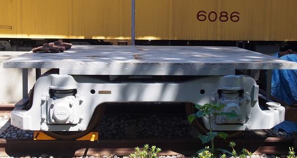 P4235324