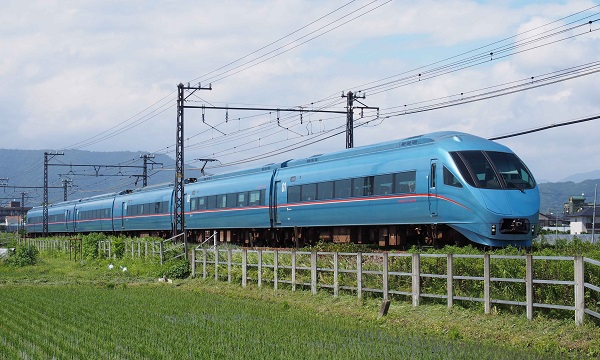 P6123589